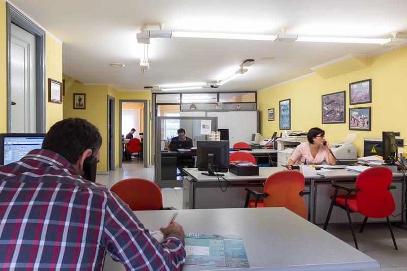 Noceda corredores ebroker software para corredores de for Horario oficina agil bankia